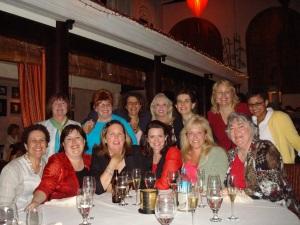 (back, L-R) Michele Ann Young, Linda Wisdom, Dominique, Gloria Skinner/Amelia Grey, Beth Cornielson, Sharon Lathan, Danielle  (FRONT L-R) Deb, Robin Kaye, Marie Force, Malena Lott, moi, Loucinda McGary